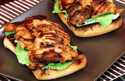 sandwitchuri cu ciabatta si piept de pui pentru masa de pranz