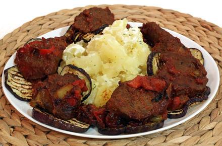 reteta friptura de vita frageda cu cartofi natur si legume la gratar