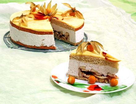 felie de tort cu mere si frisca physalis
