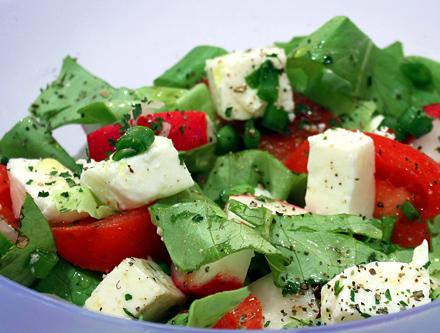 rosii, salata verde, ridichi