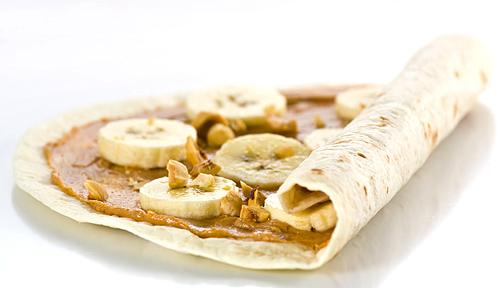 Mic Dejun cu Banane si Unt de Arahide