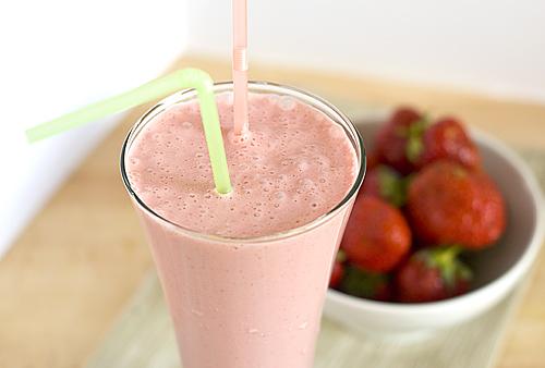 Reteta Milkshake de capsuni