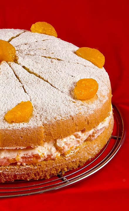Reteta Tort cu Mandarine si Frisca