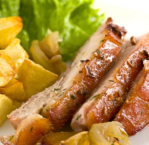 carne de porc cu cartofi aurii