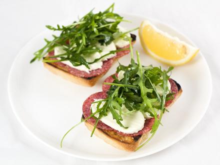 cum prepar sandwichuri delicioase