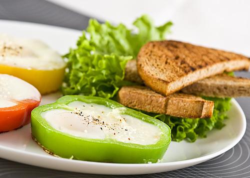 oua ochiuri pentru micul dejun