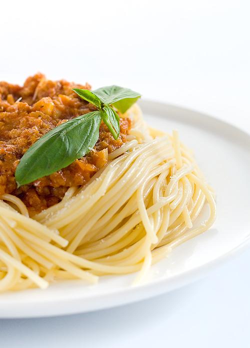 sugestie de prezentare spaghete bolognese
