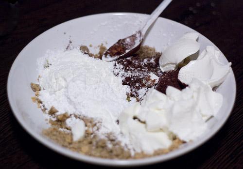 umplutura ciocolata cu nuci pentru pasca